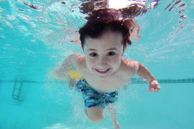 swimming-classes-for-toddlers